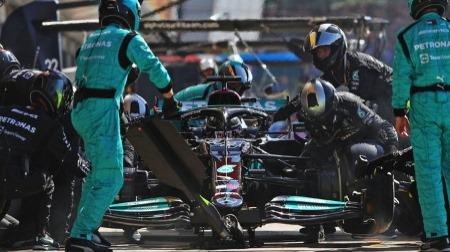 F1の赤旗中断中のマシン修理が論点に