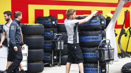 F1、タイヤウォーマー廃止を議論へ