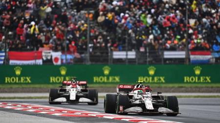 ジョビナッツィ、F1トルコGPでチームオーダー無視