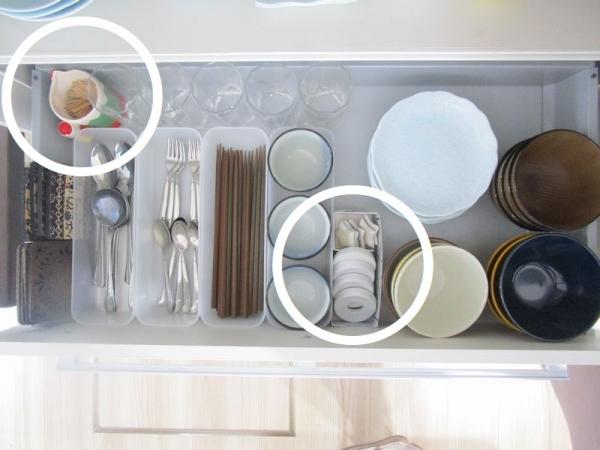 キッチン収納食器棚 あるものでまかなう