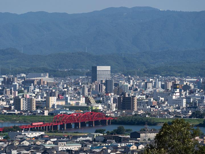 Nankai7100-94(和歌山市~紀ノ川)s