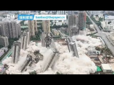 高層ビルを爆破して破壊_01