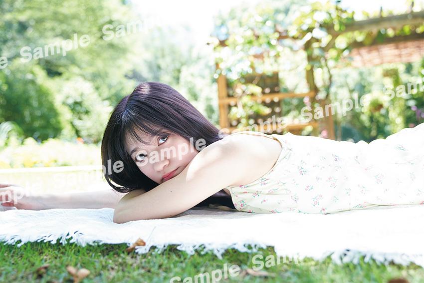 6寺田蘭世1st写真集ポストカード2