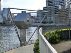 水位観測所シンボル2 新川散策5