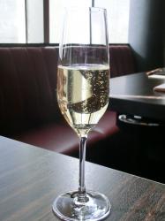 シャンパン 銀座うしごろ記事