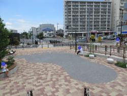 世田谷代田駅前広場 ダイダラボッチの足跡1 代田・代沢散策1