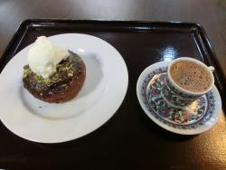 ドーナッツとトルココーヒー 東京ジャーミイ記事