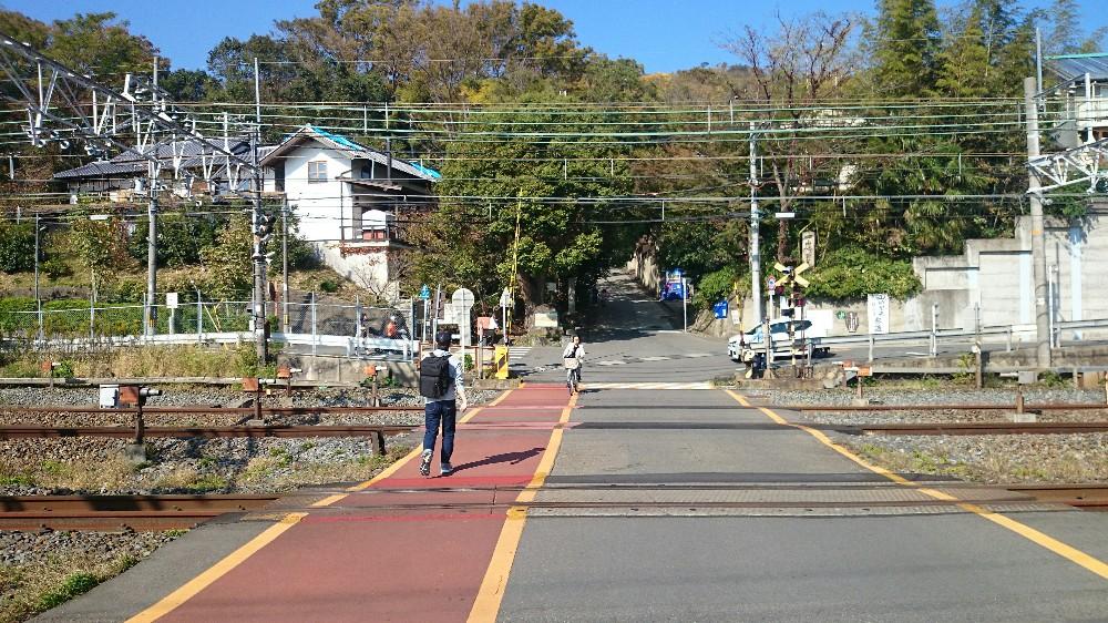 JR山崎駅の踏切