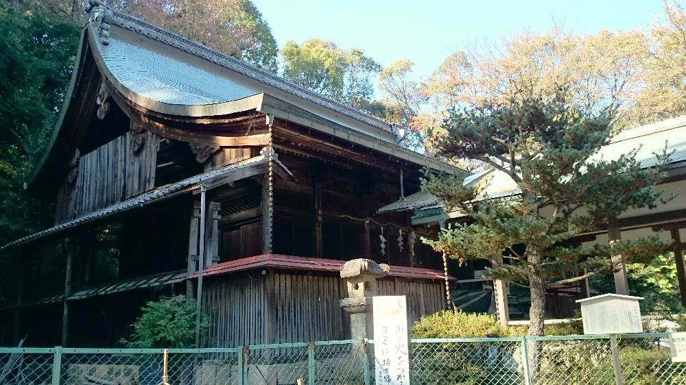 酒解神社の本殿