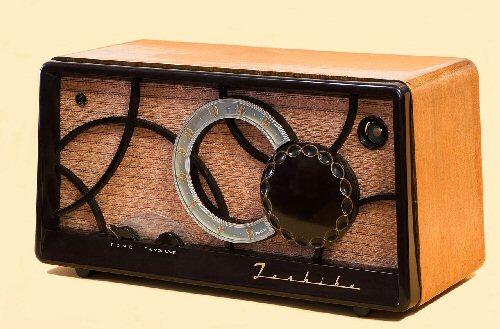 3a 500 1955 Toshiba radio