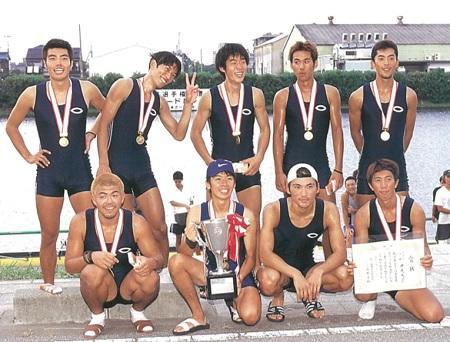 中央大 1999年インカレM8+優勝
