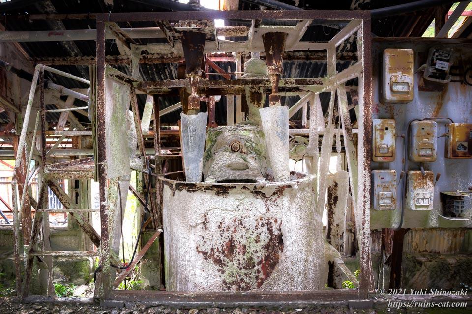 石灰処理用の機械