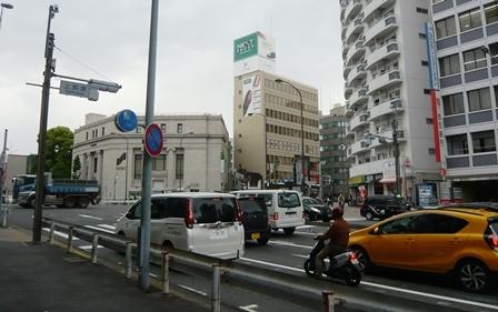 上前津・古書店2