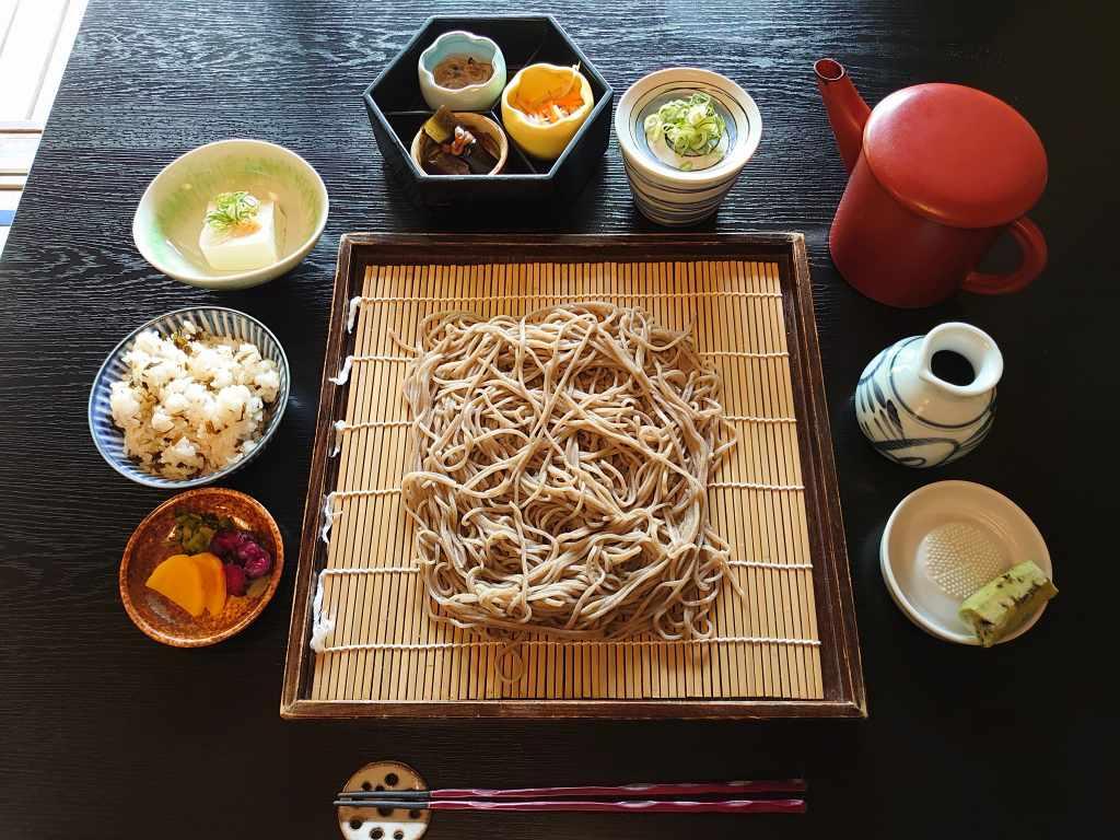 「草太郎庵(熊本県南小国町)」こだわりの二八蕎麦を居心地がいい古民家で味わう!小田温泉の人気店