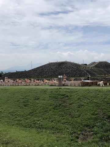 古墳の公園①_R